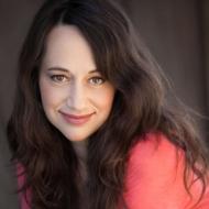 Ayana Haviv, vocals, vocal contractor