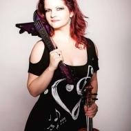 Corinne Olsen (Rintet)